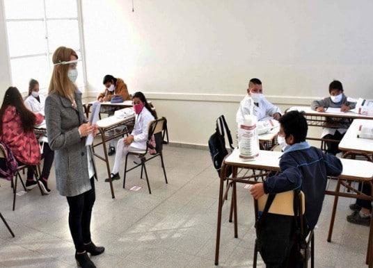 SEP anuncia un regreso a las aulas «seguro, prudente y sin riesgos»